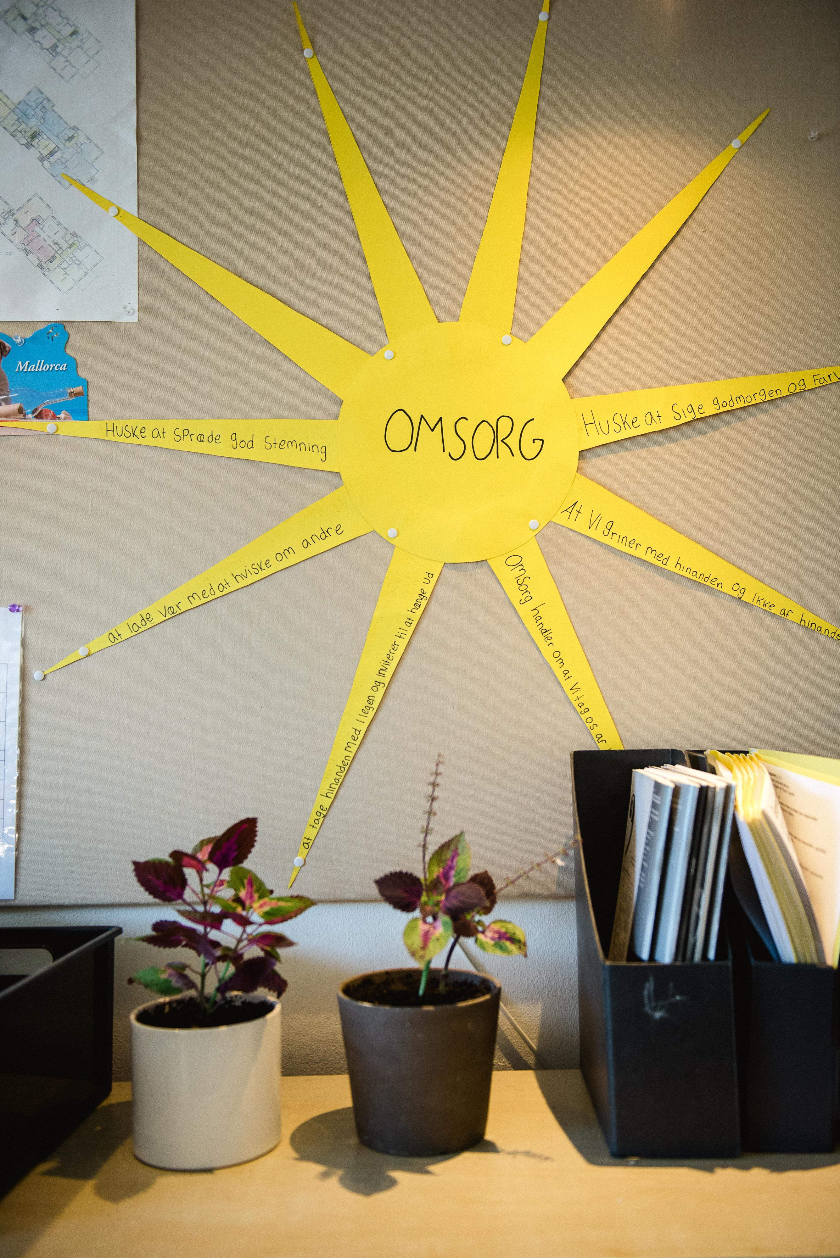 Sense and create moods in the classroom